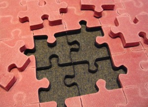 Craft ideas for repurposing jigsaw puzzle pieces