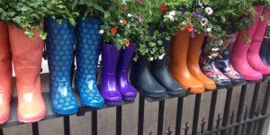 Reuse ideas to add art to your backyard / garden