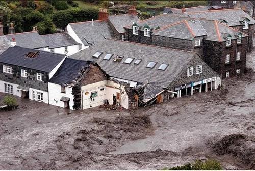 boscastle 2004 flood